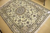 手織りペルシャ絨毯ラグナイン明るいベージュ55459