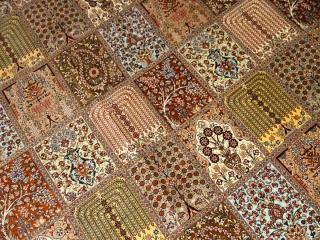 トップクオリティーのクムシルク大きめなリビングペルシャ絨毯555992