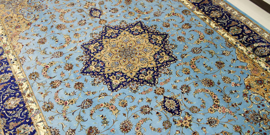 kashan silk persian carpet 01
